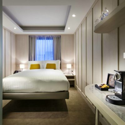 Hougoumont hotel room