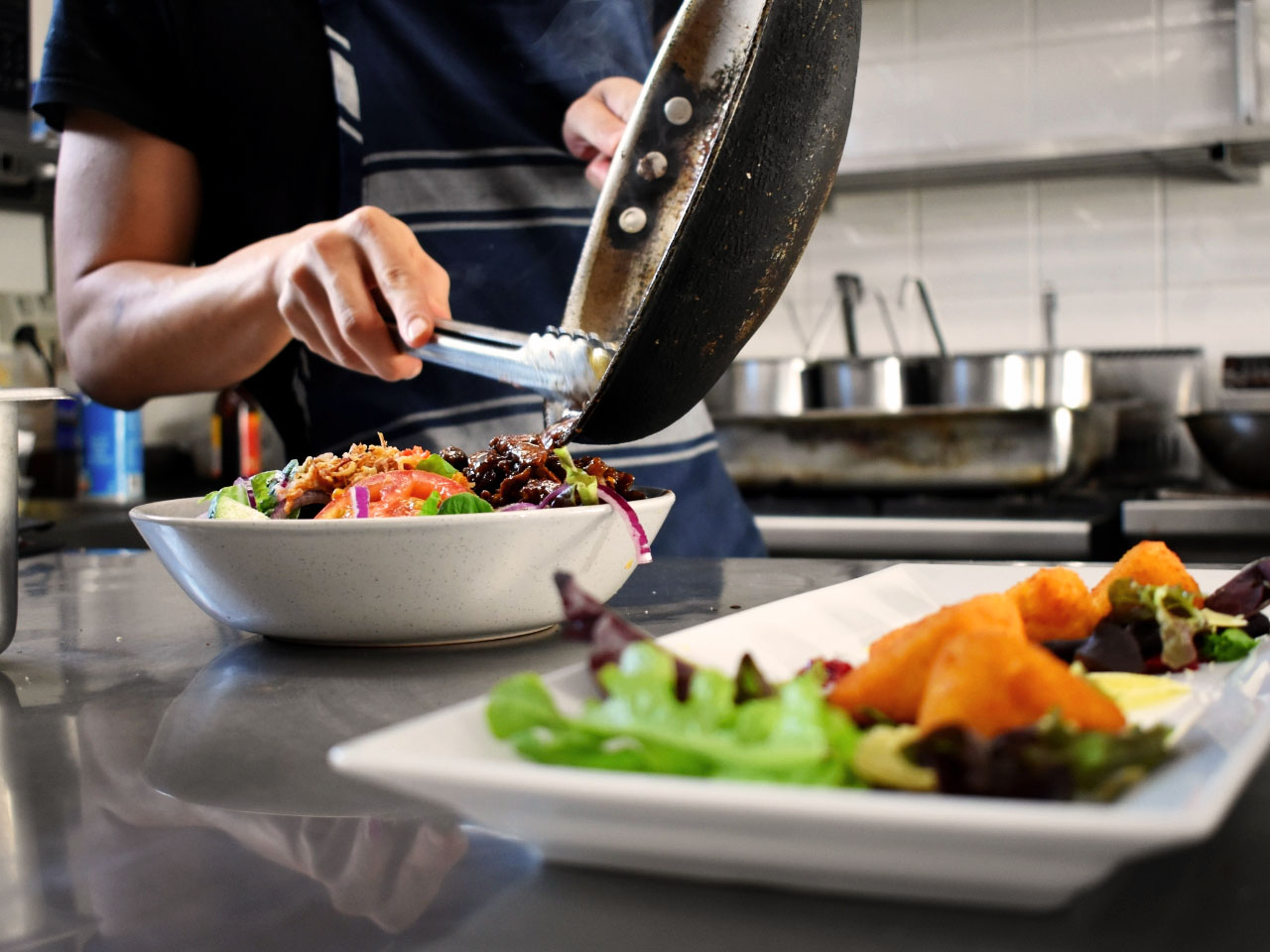 bay-view-bar-venue-maestrop-great-food