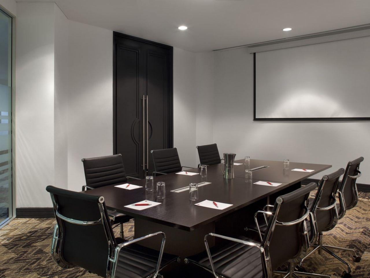 Boardroom to hire