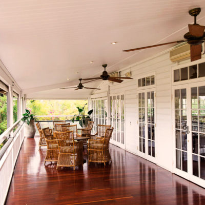 Corridor table setting on rosewood floor