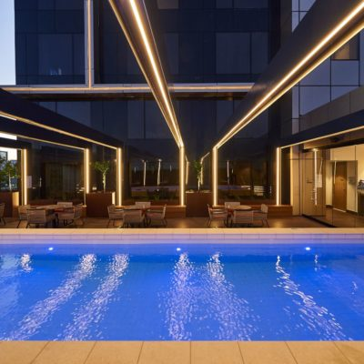 outdoor-pool-doubletree-northbridge