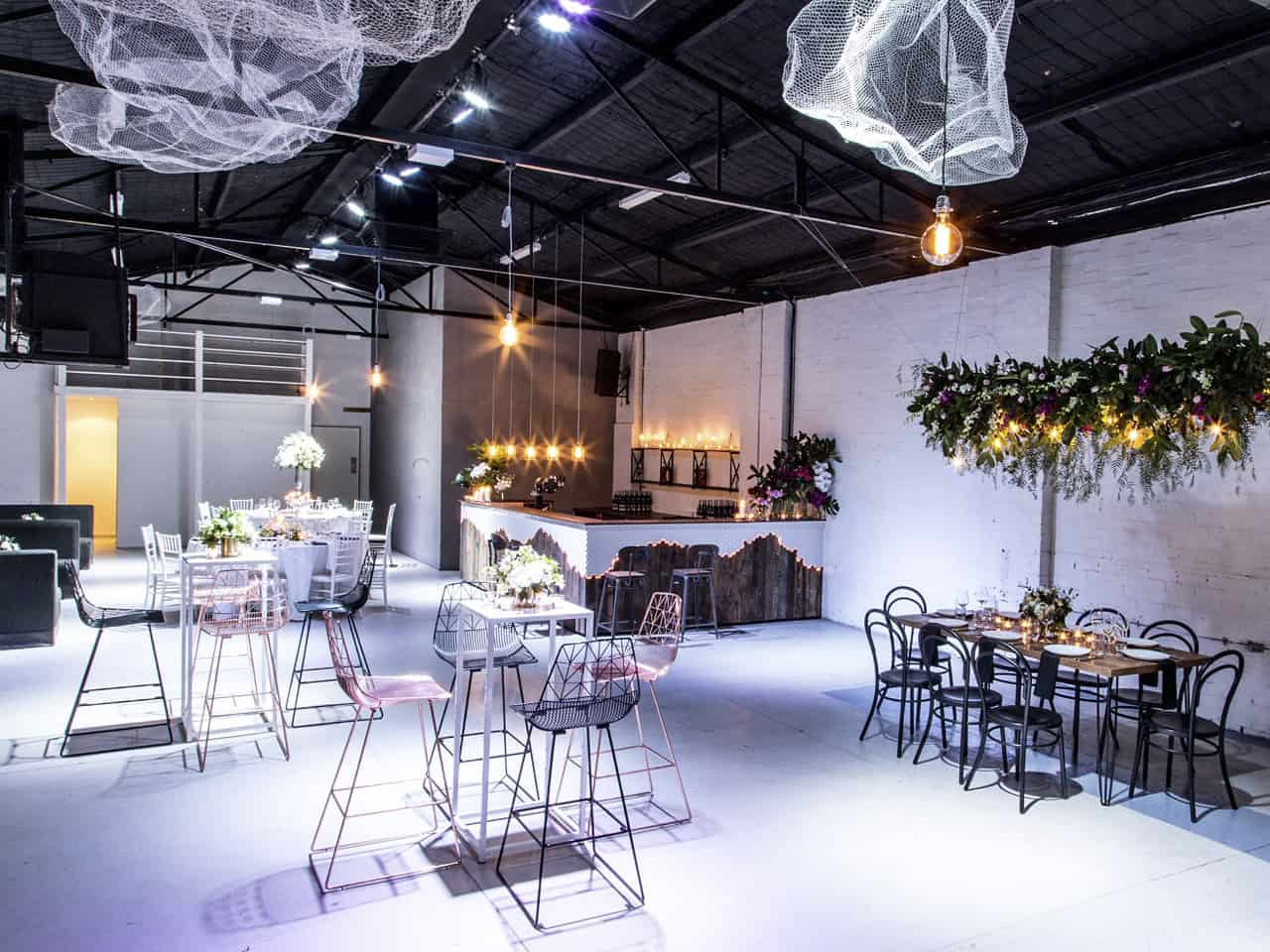 Open space warehouse with bar, tables and seating